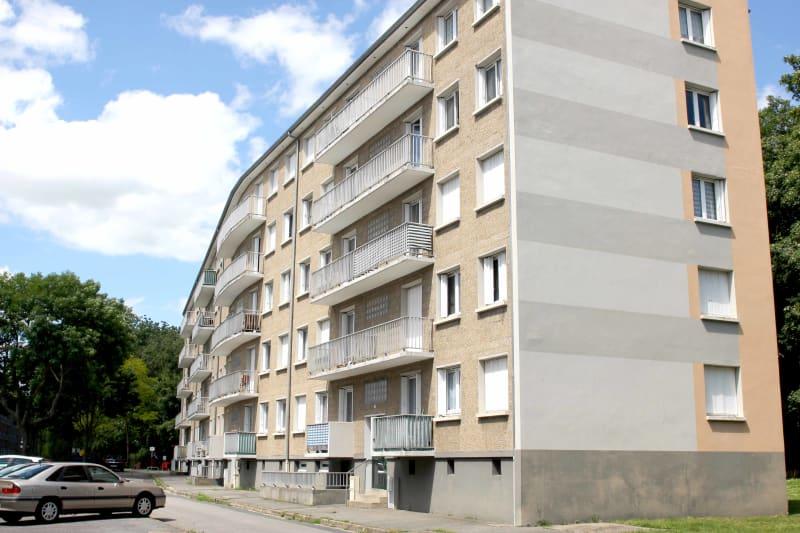 Appartement T5 à louer au Trait dans un cadre verdoyant - Image 2