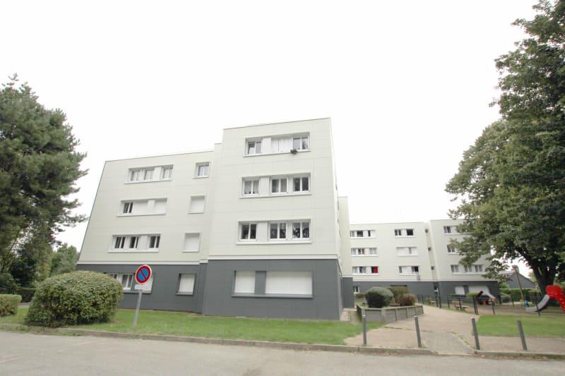 Appartement F2 en location à Yebleron, environnement calme - Image 2