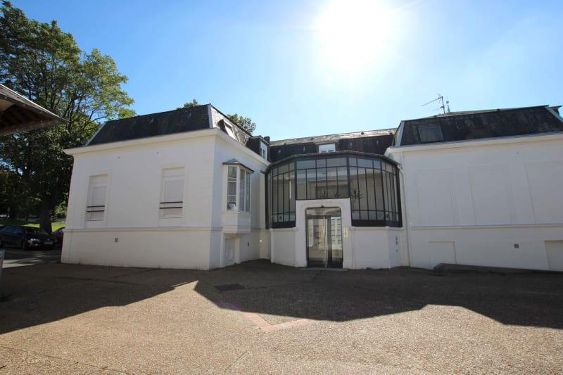 Appartement lumineux de charme à Grand-Couronne avec jardin privatif - Image 1