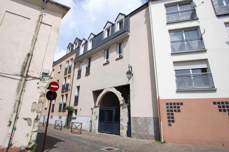 Appartement F4 à louer dans le centre-ville d'Harfleur - Image 2