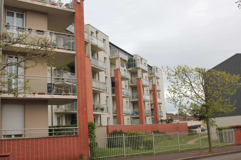 Résidence récente dans un cadre verdoyant à Dieppe - Image 2