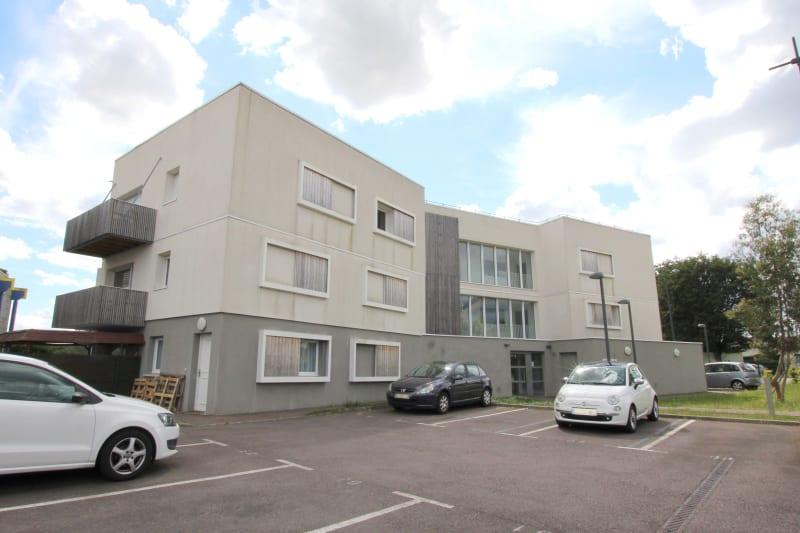 T3 dans une résidence récente, secteur Buquet à Elbeuf - Image 1