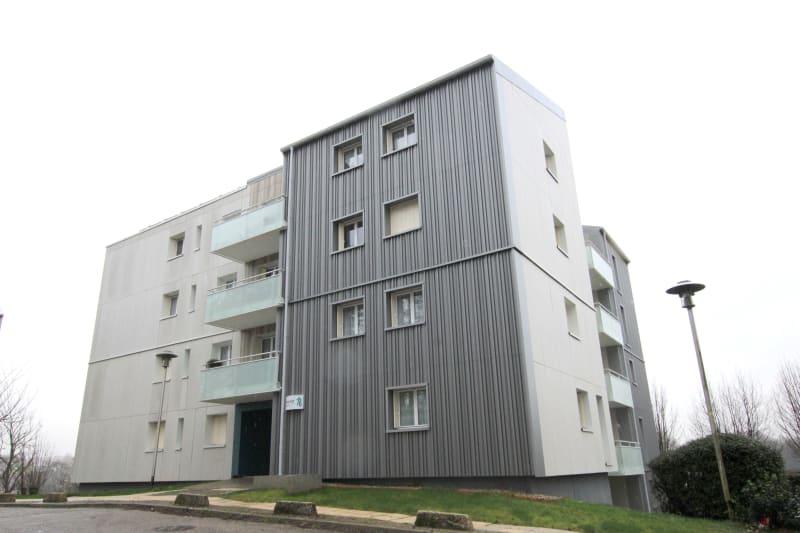 Appartement F3 à louer à Bolbec, dans une résidence réhabilitée - Image 1