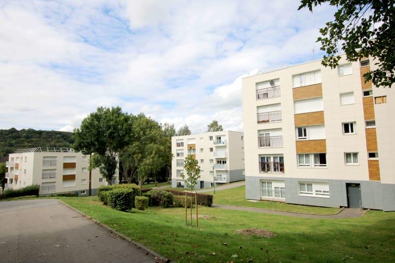 Montville au cœur de la campagne à 15 kms de Rouen - Image 1