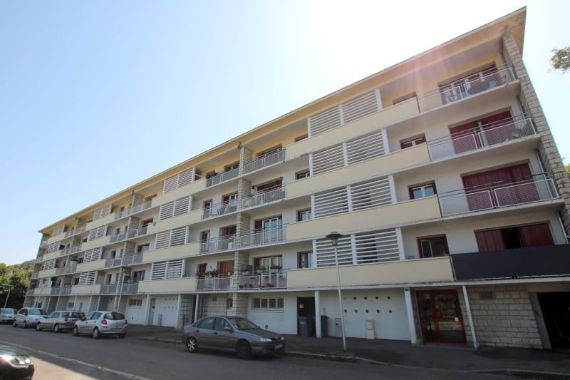 Appartement avec vue dégagée et lumineux à Moulineaux - Image 1
