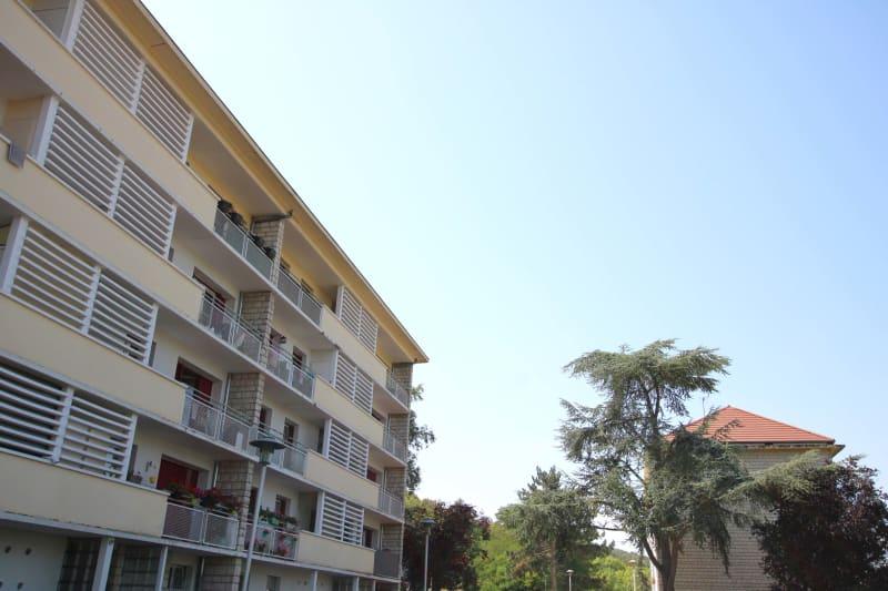 Appartement avec vue dégagée et lumineux à Moulineaux - Image 2