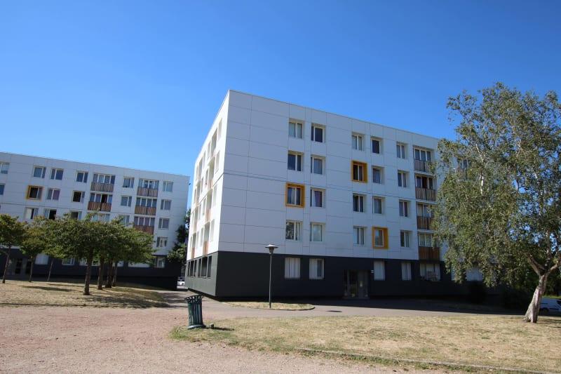 Petit Couronne, T4 entouré d'espaces verts - Image 2