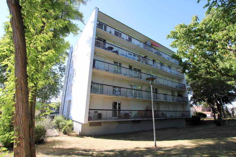 T4 à Petit Couronne proche de la Mairie - Image 1