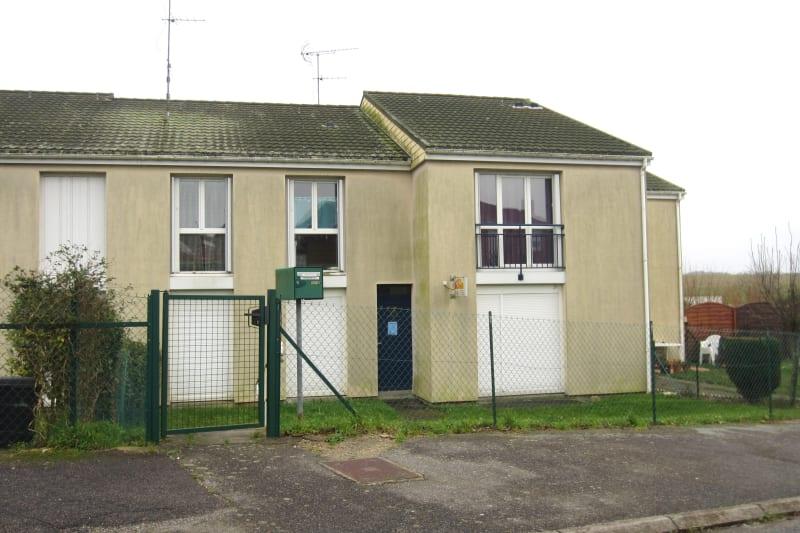 3 pièces dans un quartier résidentiel à Turretot - Image 2