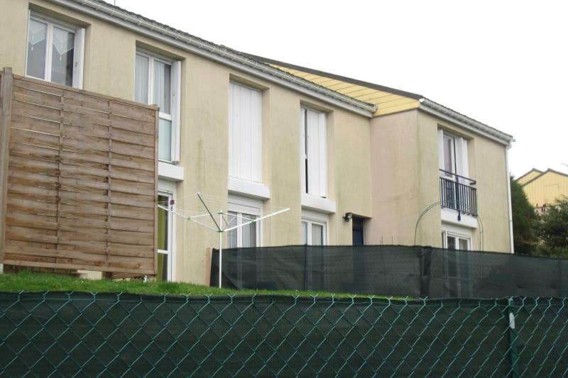 3 pièces dans un quartier résidentiel à Turretot - Image 3
